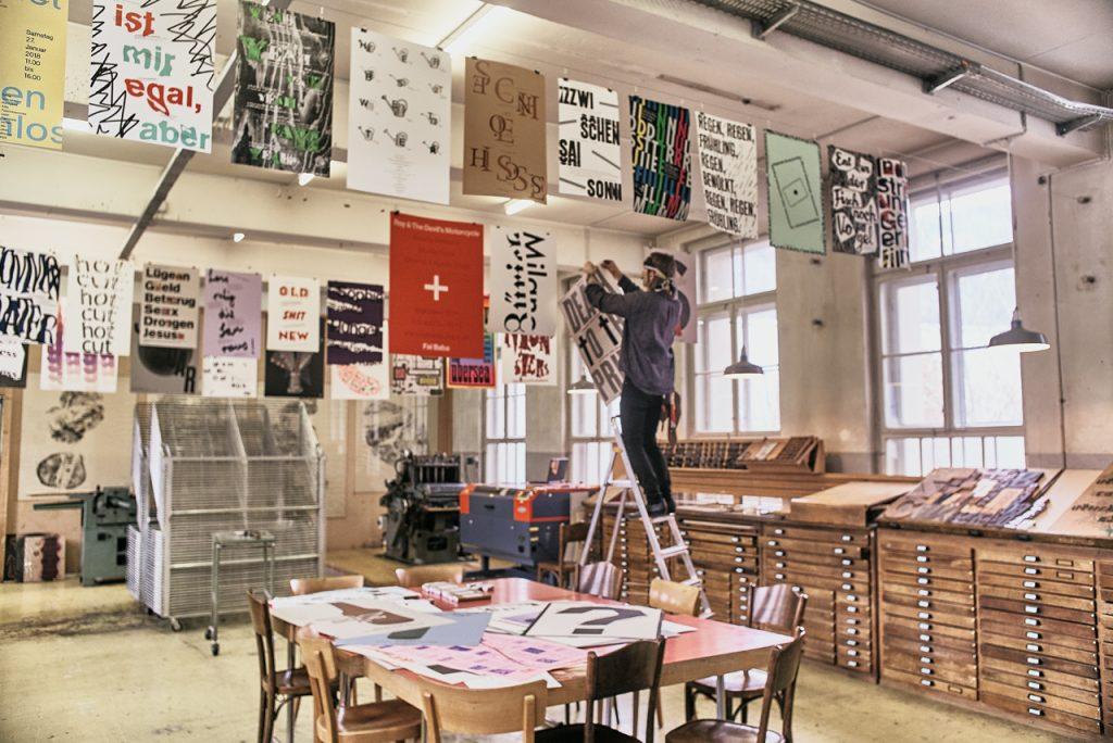 Dafi Kühne's studio, photography by Daniel Infanger. Published on Aiga Eye On Design, 2018