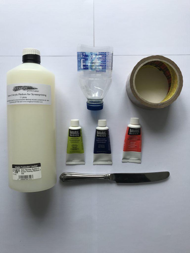 Screen printing medium, plastic bottle, acrylic ink, tape, butter knife.